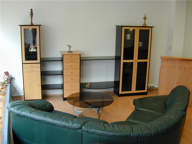 wo gebrauchtes zu neuen perspektiven wird caritas. Black Bedroom Furniture Sets. Home Design Ideas